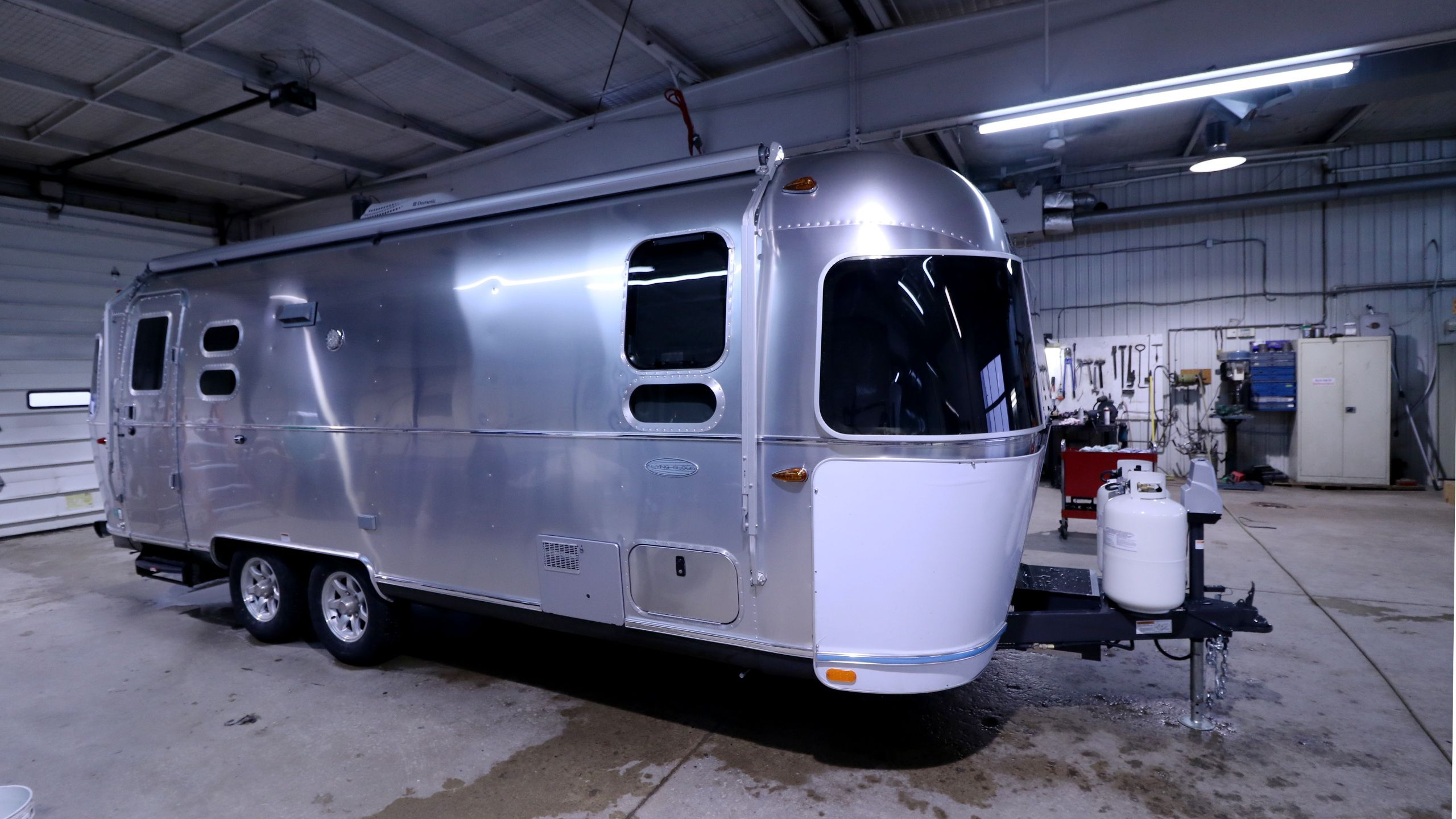 2016 AIRSTREAM AIRSTREAM 25FB FLYING CLOUD TWIN