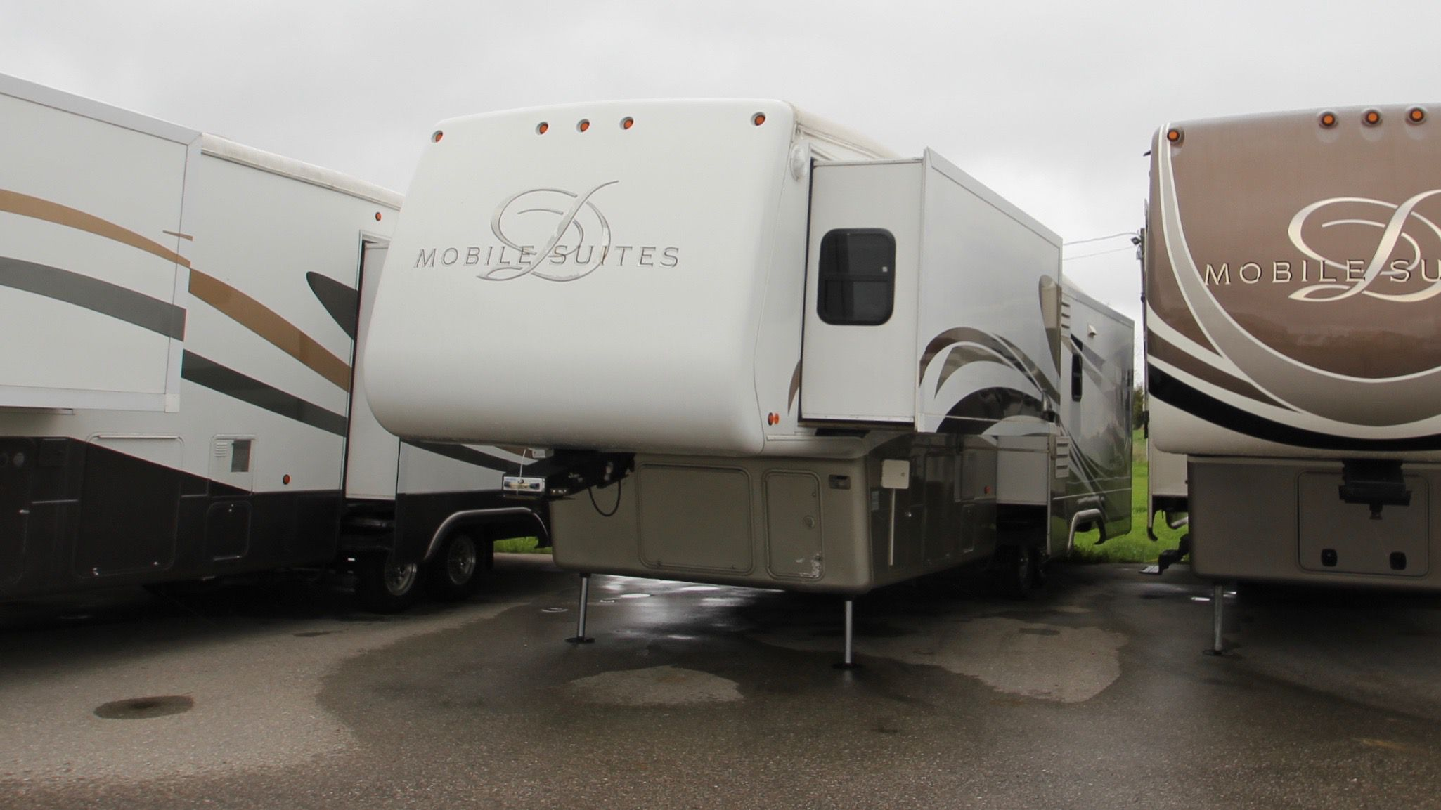 2007 DOUBLE TREE MOBILE SUITES 36SB3