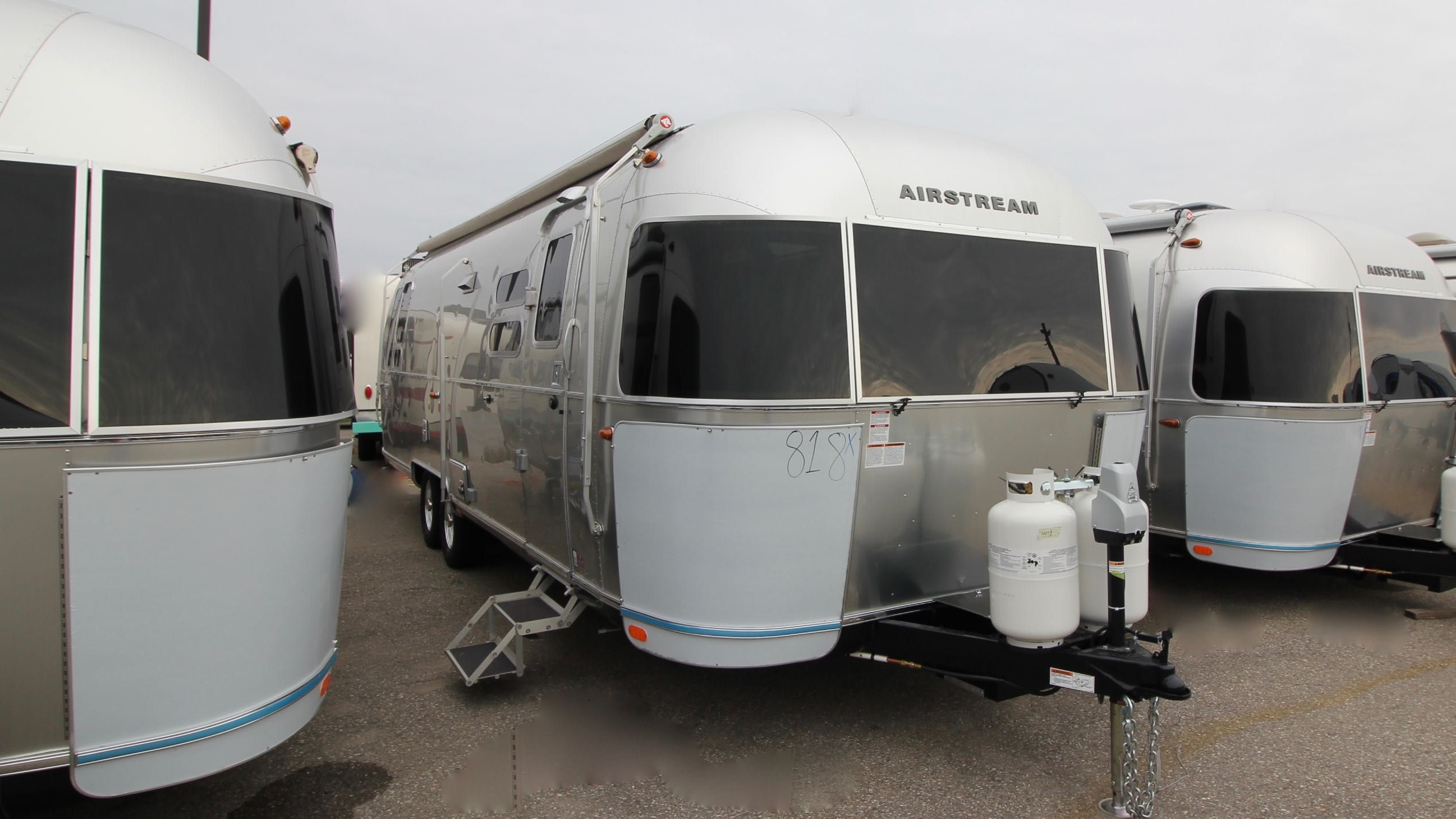 2018 AIRSTREAM INTERNATIONAL SERENITY 30RBQ